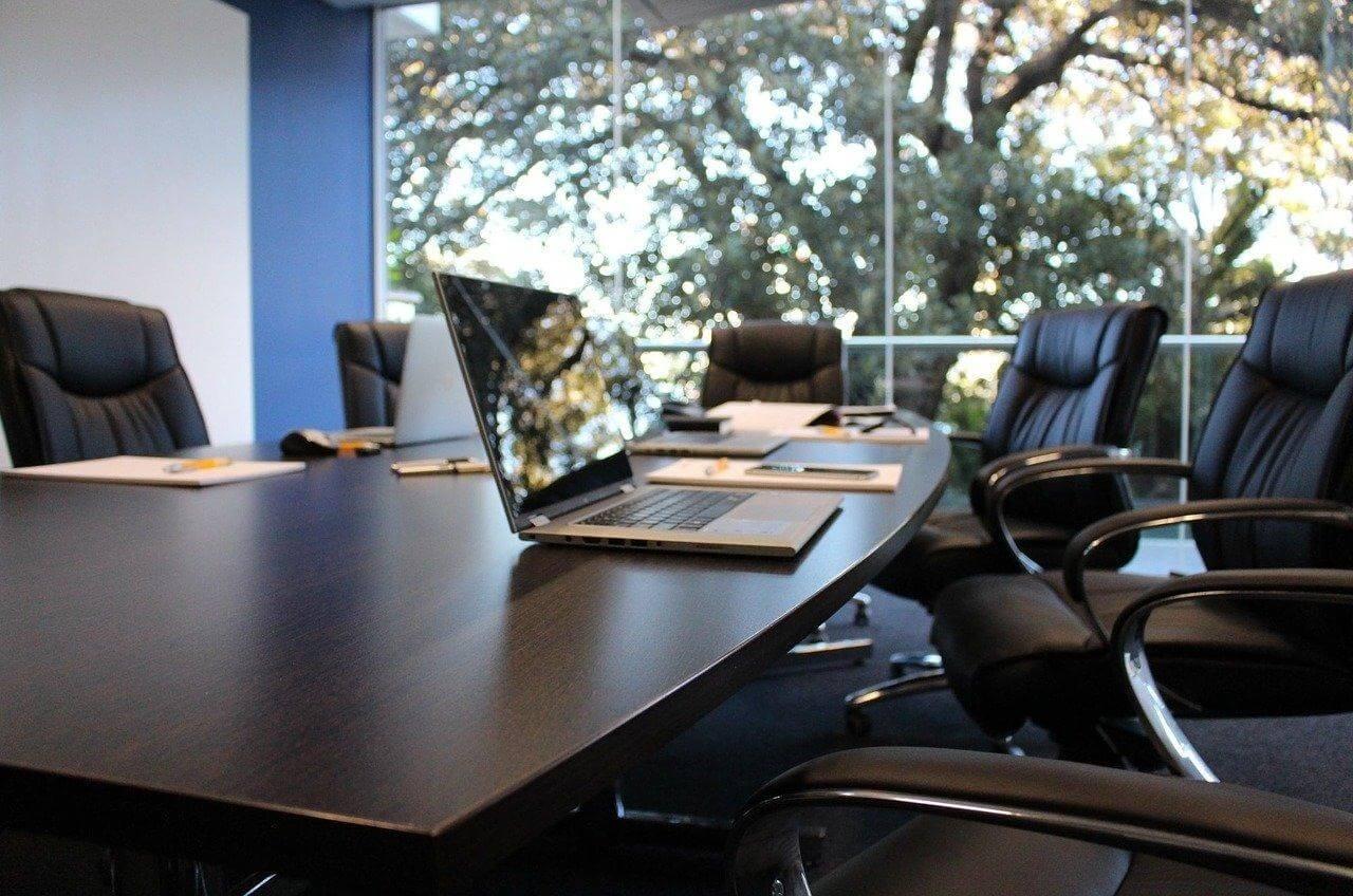 Tavolo-da-riunione