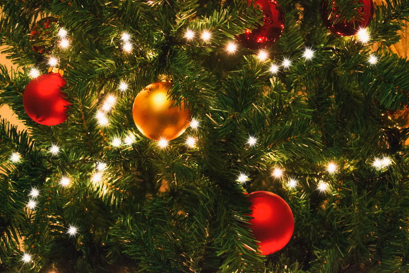 albero-di-Natale-artificiale