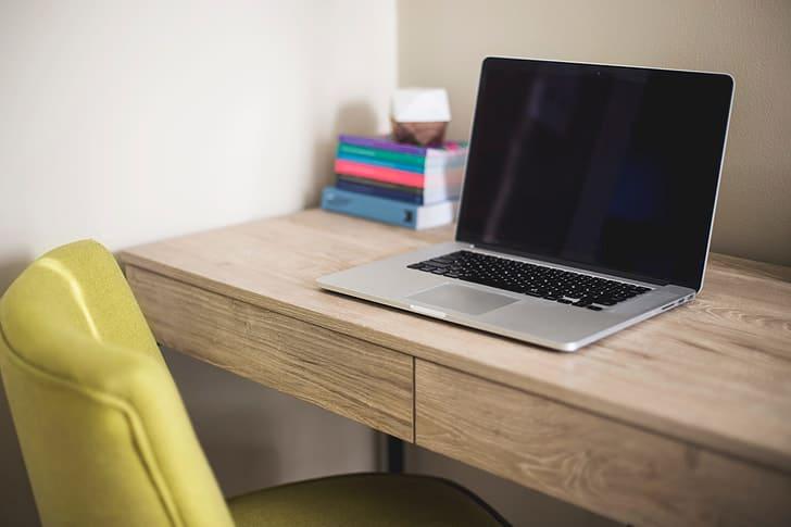 scrivania-per-pc