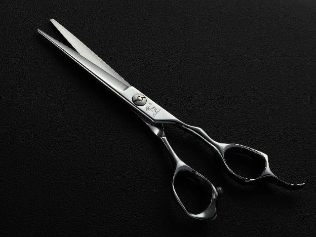 Forbici-per-capelli-e-barba