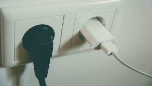 Spegni-lalimentazione-degli-apparecchi-che-non-utilizzi