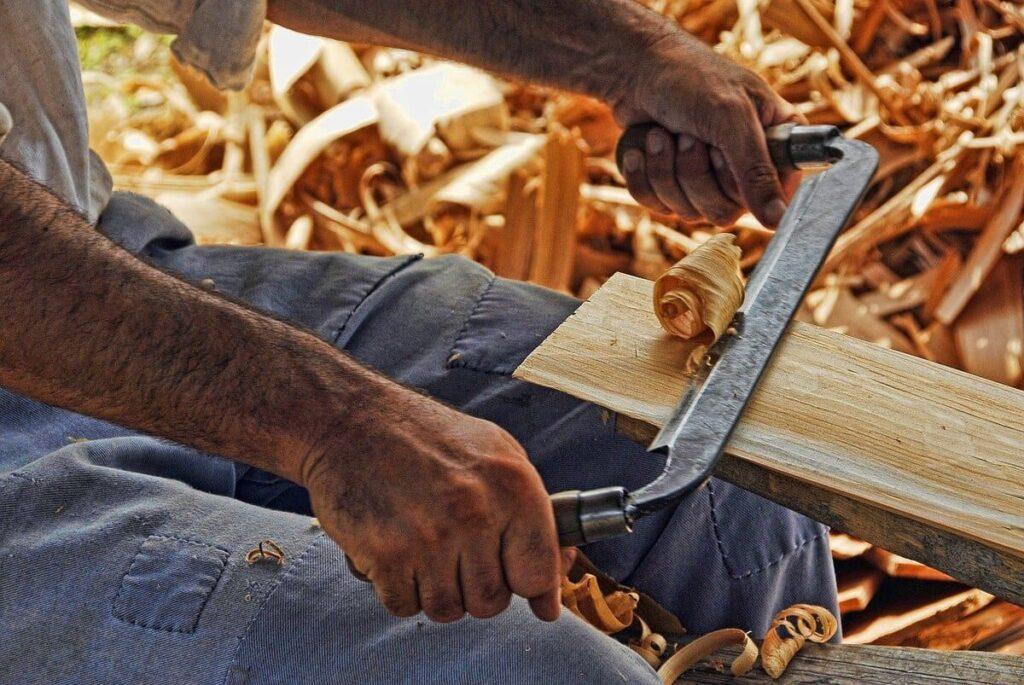 attrezzi-per-lavorare-il-legno